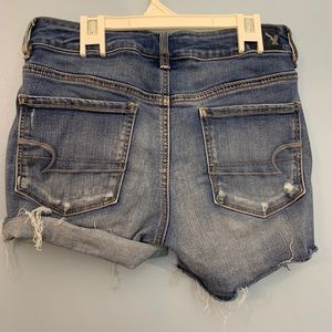 American Eagle Jean Shorts. Size 6. Stretchy.